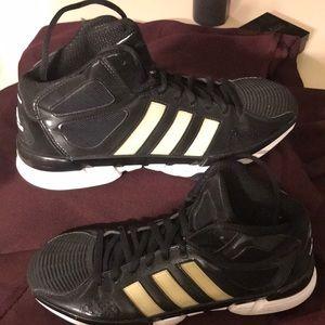 Adidas Men's Basketball Tennis Shoes Sz 10